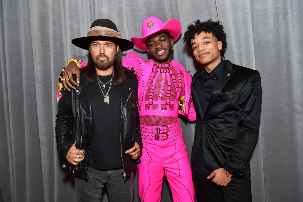 62nd annual grammy awards red carpet gallery cw seattle https cwseattle cbslocal com photo galleries 2020 01 26 62nd annual grammy awards red carpet gallery